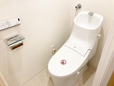 シャワートイレ新品交換