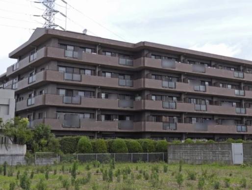 5階建て3階部分の南向きにつき陽当り良好 オートロック完備 閑静な住宅街 新規内装リノベーション 住宅ローン減税適合物件