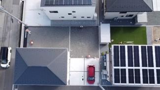 敷地面積が広めなので駐車4台可能です。