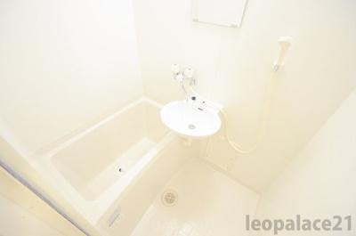 【浴室】レオパレスウェル
