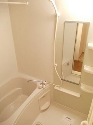 【浴室】Fカントリーハイツ