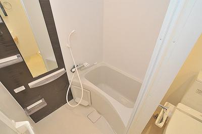 【浴室】APRILE南森町(旧名:アスール南森町)