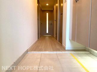 玄関から廊下です♪室内はリフォーム済み!いつでもご覧いただけます(^^)お気軽にネクストホープ不動産販売までお問い合わせを!