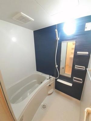 【浴室】マリーコート
