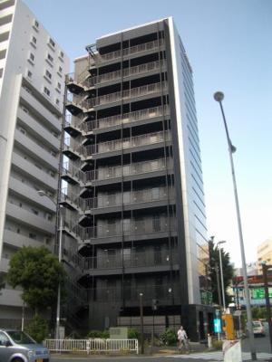 関内駅から徒歩4分の駅近賃貸マンションです。