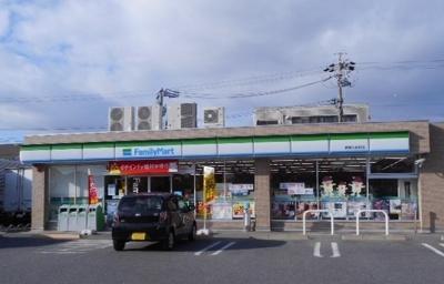 ファミリーマート碧南入船町店まで896m
