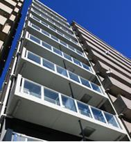 吉野町駅徒歩2分のマンションです。