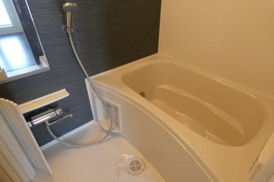 【浴室】RAFTEL東邸 仲介手数料無料
