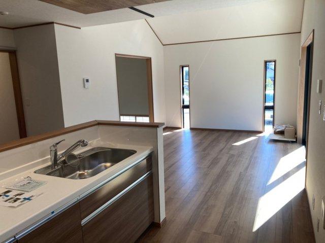 【居間・リビング】クレイドルガーデン早良区野芥第16 平屋建4LDK オール電化住宅