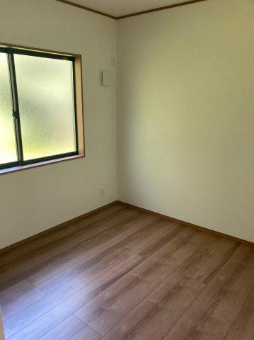 【洋室】クレイドルガーデン早良区野芥第16 平屋建4LDK オール電化住宅