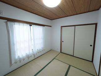 2021年9月28日撮影 客間やお子様の遊び場として利用可能な和室。