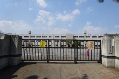 由井第一小学校まで徒歩16分