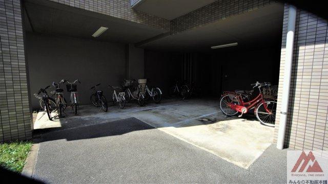 【駐輪場】サーパス諏訪野