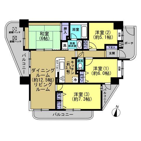 1フロア2戸のみの3方向角部屋なので、陽当り通風抜群の解放感あふれるお部屋です! 南向きの明るいLDKは約16帖の広さ。ダイニングテーブルを置いても、ソファやテレビも十分置けます