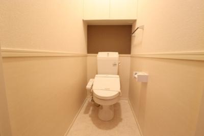 C102 トイレ(1F)