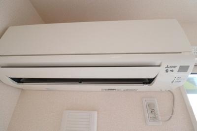 C102 エアコン
