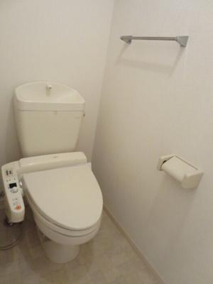 202 温水洗浄暖房便座