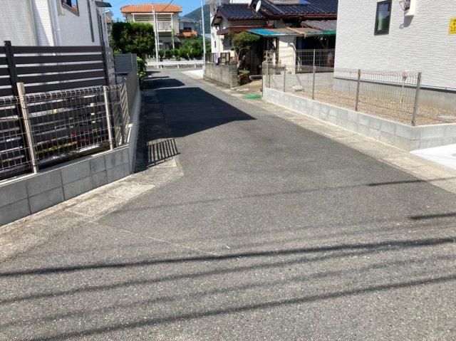【前面道路含む現地写真】デザイン住宅「FIT」糸島市神在東1丁目3期 4LDK