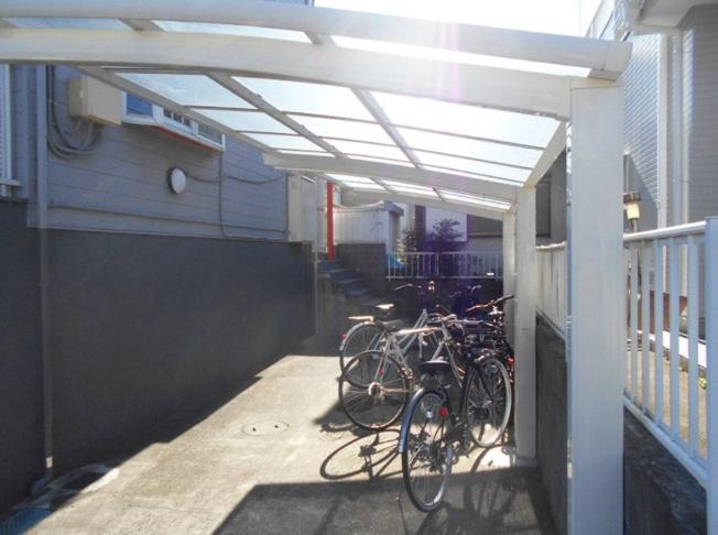 【駐輪場】船橋市松が丘1丁目 の一棟売りアパート