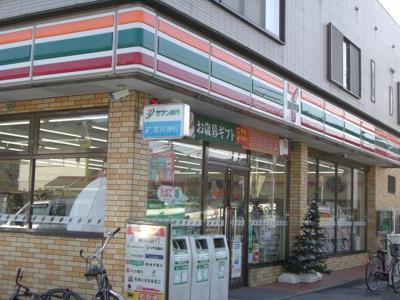 セブンイレブン福大片江店まで657m