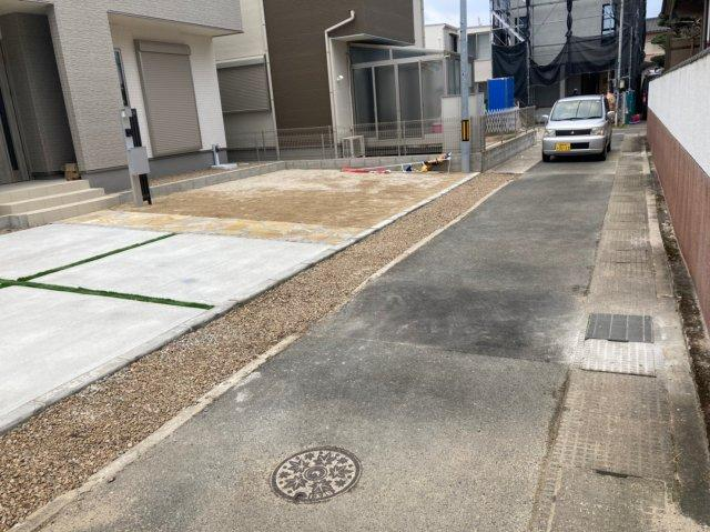 【前面道路含む現地写真】グラファーレ糸島市加布里2期 オール電化住宅4LDK