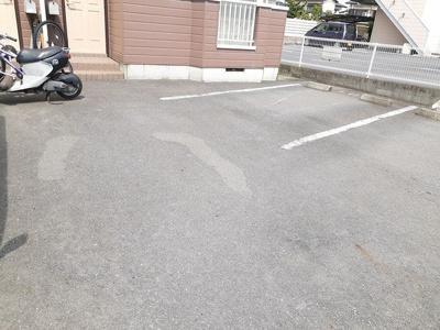 【駐車場】グランドカントリーコート