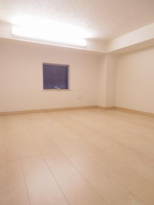 寝室や収納スペースにも利用できるロフト部分