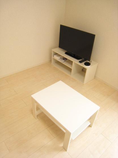 液晶テレビ・ローテーブル