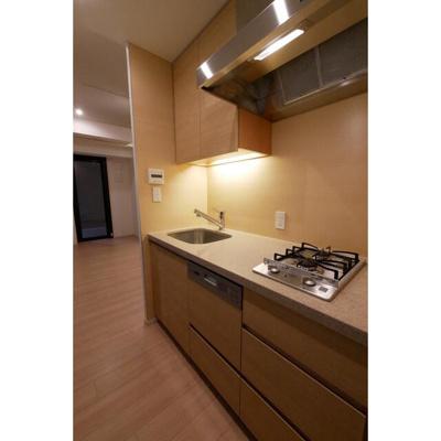 【キッチン】コンフォリア新宿イーストサイドタワーアネックス