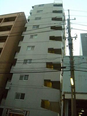 高島町駅徒歩4分です。