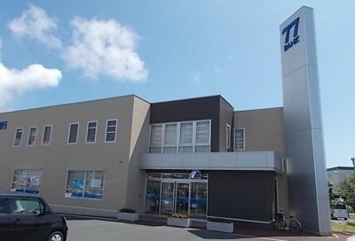 七十七銀行 蛇田支店まで1600m