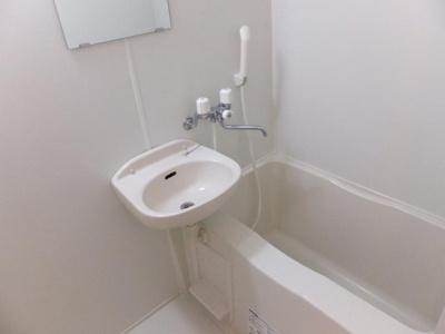風呂トイレ別 【浴室乾燥機付き・シャワー付きトイレ】
