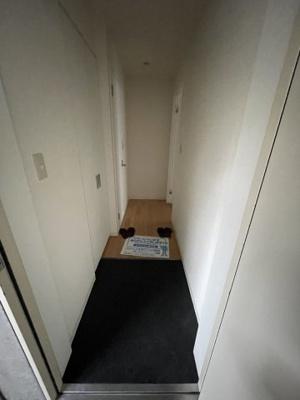 豊富に収納頂けるクロゼット付きのお部屋です