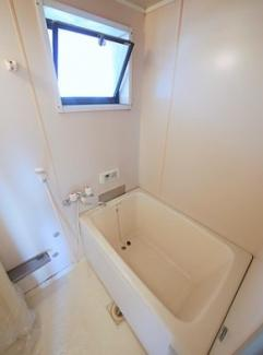 【浴室】《軽量9.12%》北九州市小倉南区葛原本町6丁目2棟一括売アパート