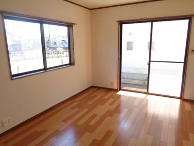 【居間・リビング】入野町10225-1戸建