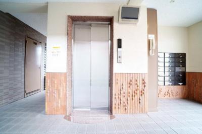 琉球畳でオシャレな和室です。