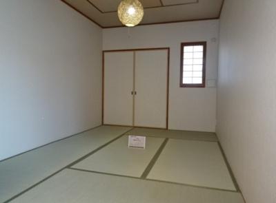 約6.0帖の和室です。LDに隣接しているため、家事室やお昼寝スペースなど多目的にご活用いただけます。
