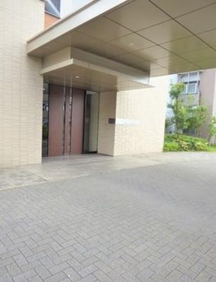 【エントランス】ポレスターセントラルシティ名西参番館