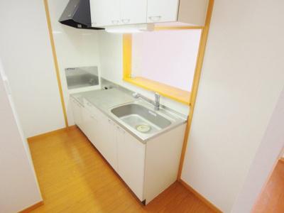 【キッチン】ブリッサ瀬野 III