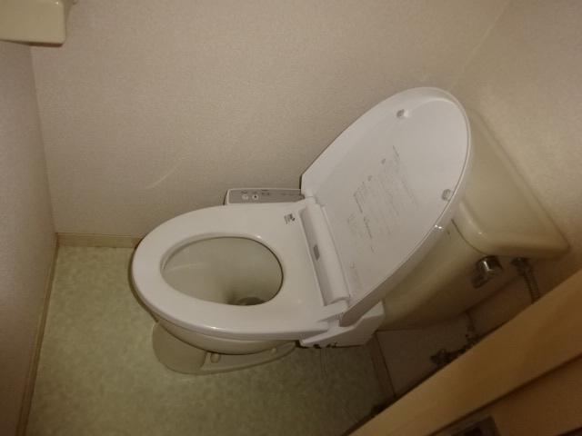 【トイレ】シャルム岩上