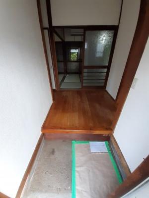 【玄関】大谷4261-11貸家