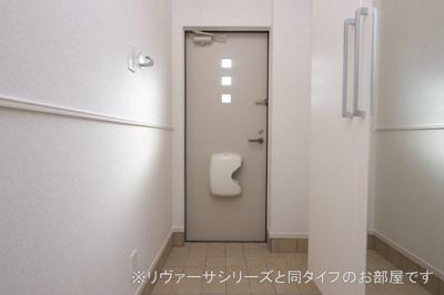 【玄関】矢巾町南矢幅アパート