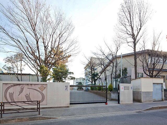 川崎市立西生田小学校まで450m