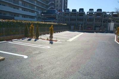 【駐車場】J・J・T