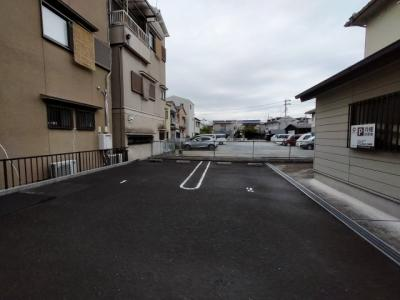 【駐車場】エストレーラⅢ