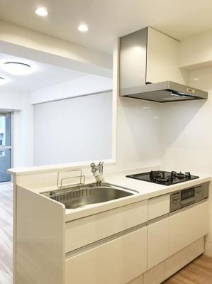 【キッチン】ソフトタウン新小岩 10階 最 上階 リ フォーム済