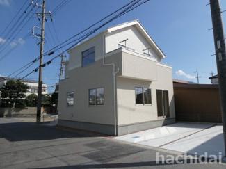 碧南市中松町新築分譲住宅1号棟写真です。2021年10月撮影