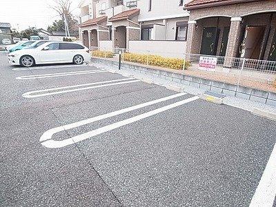 【駐車場】ラ・ティエラ