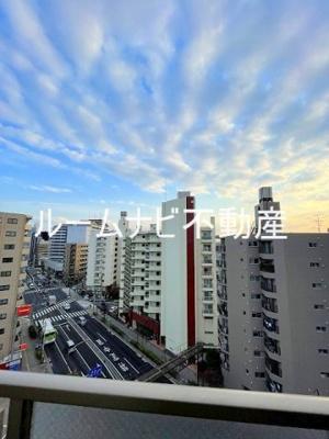 【エントランス】ガラ・ステージ大山