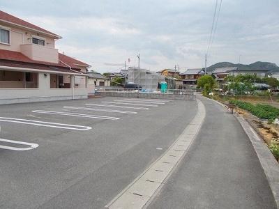 【駐車場】グランペール古賀